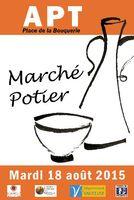 Marché potier d'Apt (Vaucluse), Place de la Bouquerie le 18 août 2015