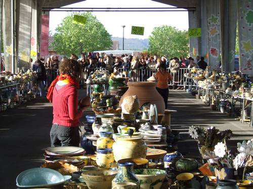 1er mai 2011   Braderie des Potiers à Saint Quentin la Porterie