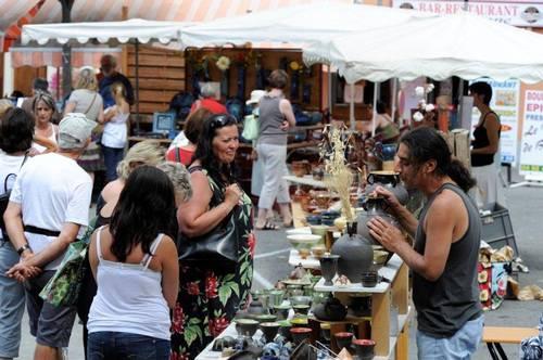 5 août 2011 | Marché potiers à Baratier (05)