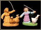 Femme aux 3 oies LES SANTONS COULEURS DU SUD - Fabricant à - Santons et Crèches