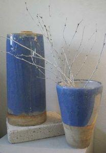Vases bleus