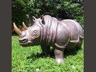 Rhinoceros SOPHIE REATO, CERAMIQUE RAKU - Fabricant à - Sculpture