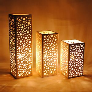 Parallélépipède lampe de salon ou de table en faïence ajourée
