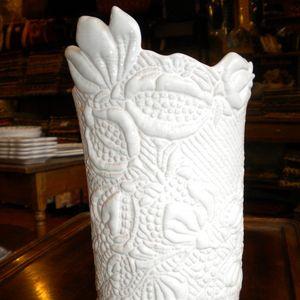 Vase boutis
