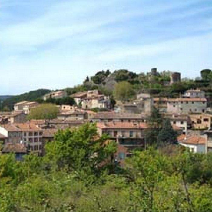 Salernes territoire du carrelage et de la poterie prides for Carrelage terre cuite provence